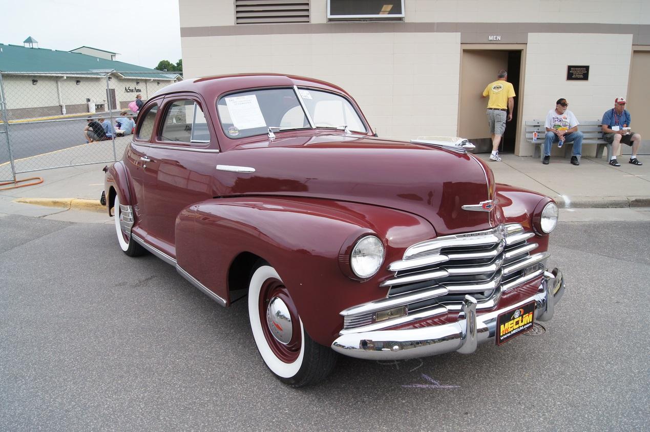 1946 год, Chevrolet Stylemaster Coupe. Автомобиль производился всего три года, с 1946 по 1948 год и не получил продолжения в виде второго поколения. chevrolet, автодизайн, красота