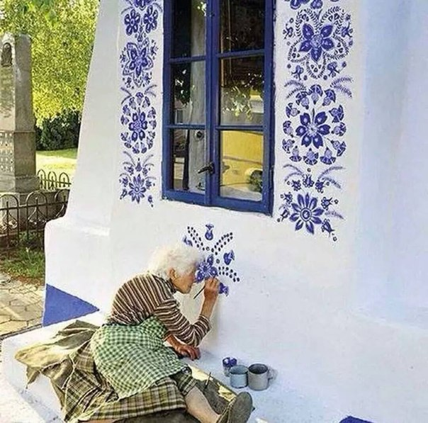 Искусство граффити от старенькой бабушки