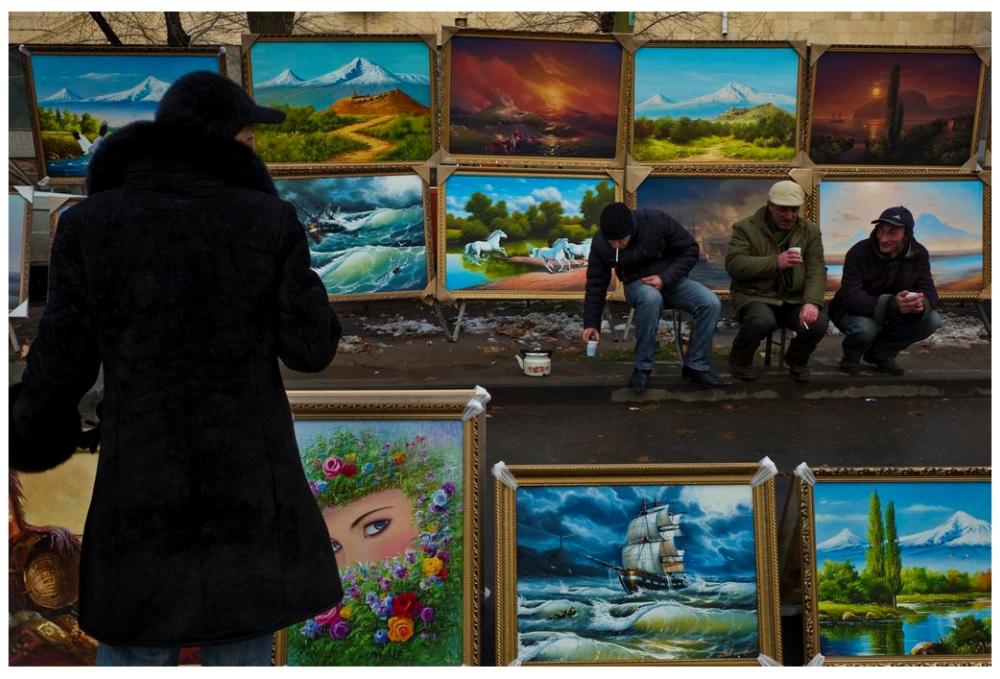Шедевры от мастеров уличной фотографии: реальная жизнь в каждом снимке 5