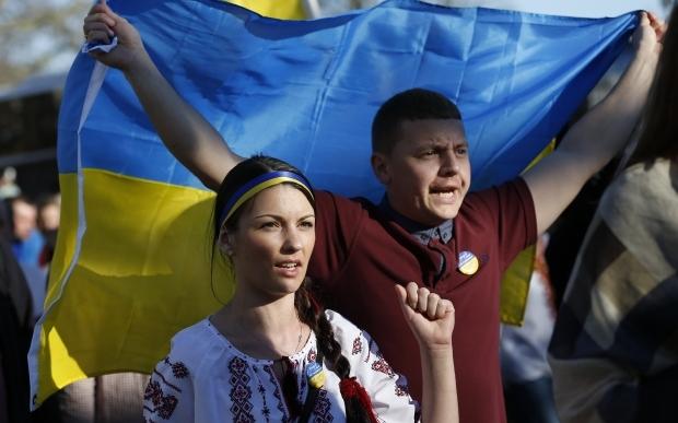Треть украинцев готовы отдать Крым России ради мира, Донбасс - 15% граждан