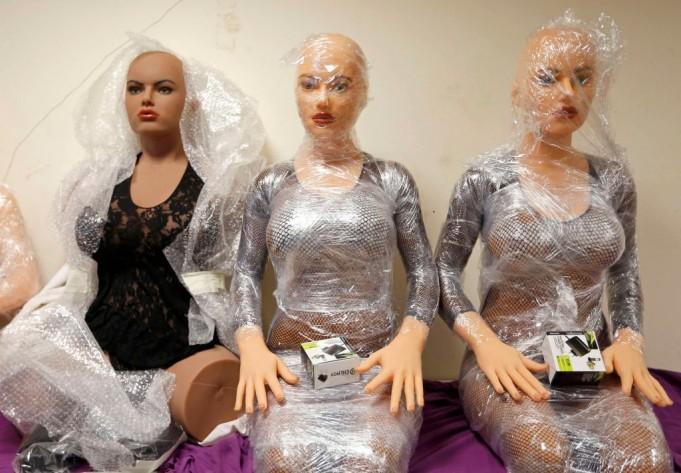 Фабрика силиконовых «женщин»