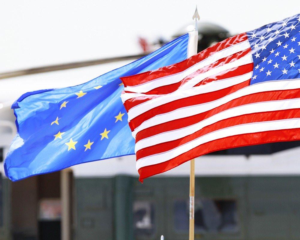 """«Мы станем «глобальным игроком» вместо США"""": Европа включается в войну против доллара"""