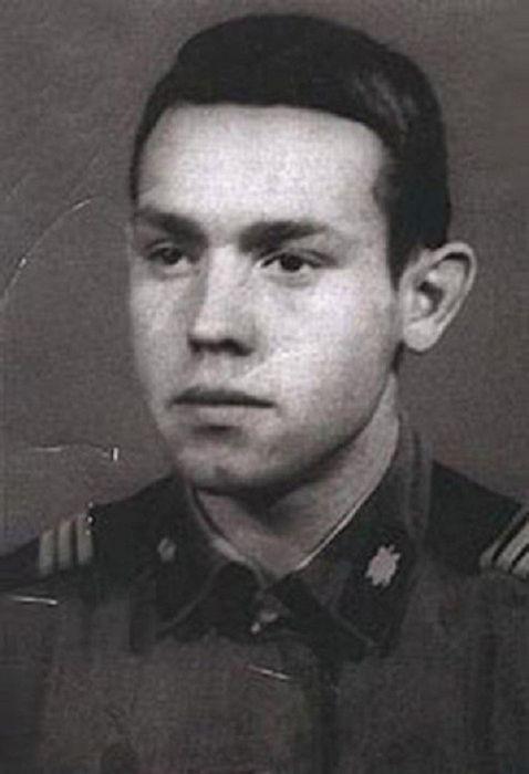 Виктор Сухоруков армия, знаменитости, фото