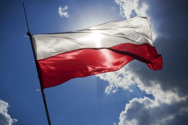 СМИ: въезжающих в Польшу украинцев начали спрашивать об отношении к Бандере