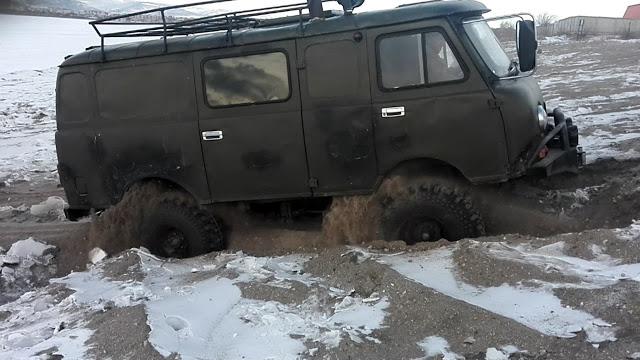 "Жесткий УАЗ ""Буханка"" с мотором QD32! (UAZ ""Buhanka"")"