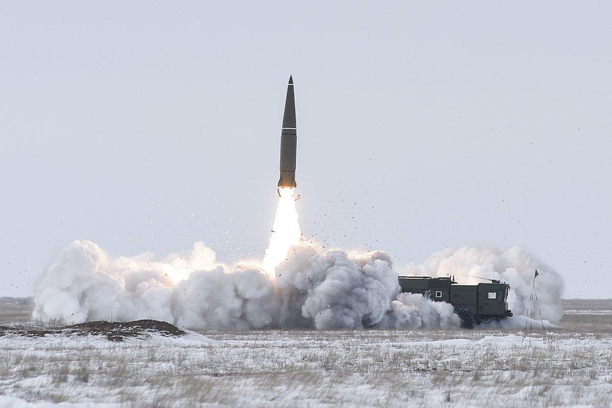 Леонков о ядерном паритете РФ: охладим пыл любого агрессора