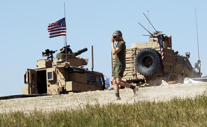 Россия вынудила американцев закрыть свою базу в Сирии
