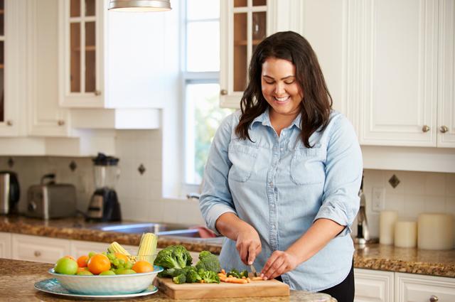 Едим «от пуза». Как избежать кишечной непроходимости?