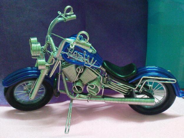 Модель мотоцикла из проволоки