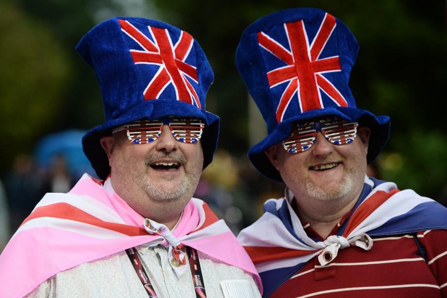 Россию не боимся! 10 000 Английских болельщиков едут в Россию!