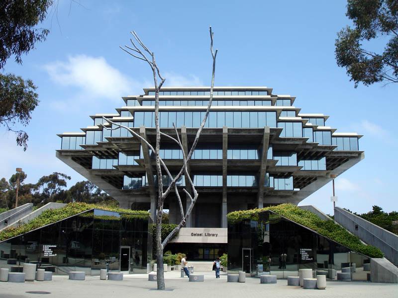 1143 15 самых красивых библиотек мира
