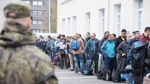 Российский пограничник рассказал финнам, что ФСБ доставляет беженцев на границу