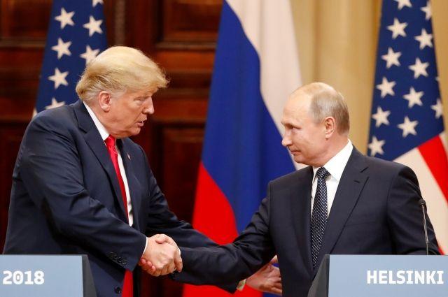 Трамп считает, что его встреча с Путиным причинила неудобство ненавистникам