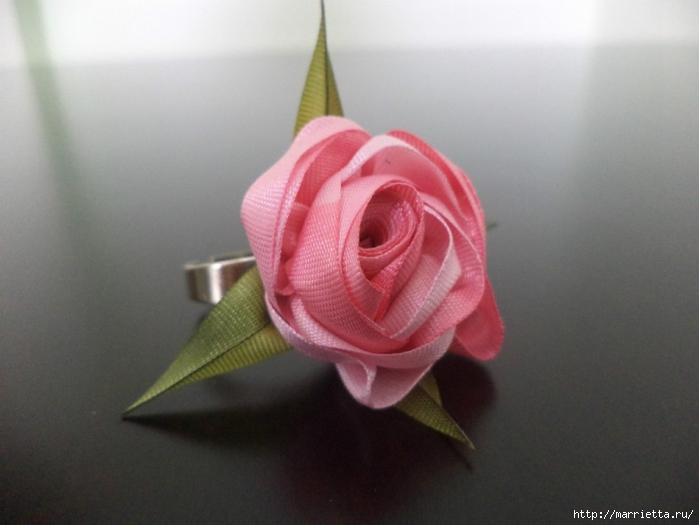 Миниатюрные цветы из ленточек. Мастер-классы (16) (700x525, 184Kb)