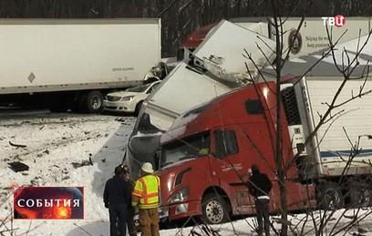 В Пенсильвании столкнулись 50 автомобилей, погибли три человека