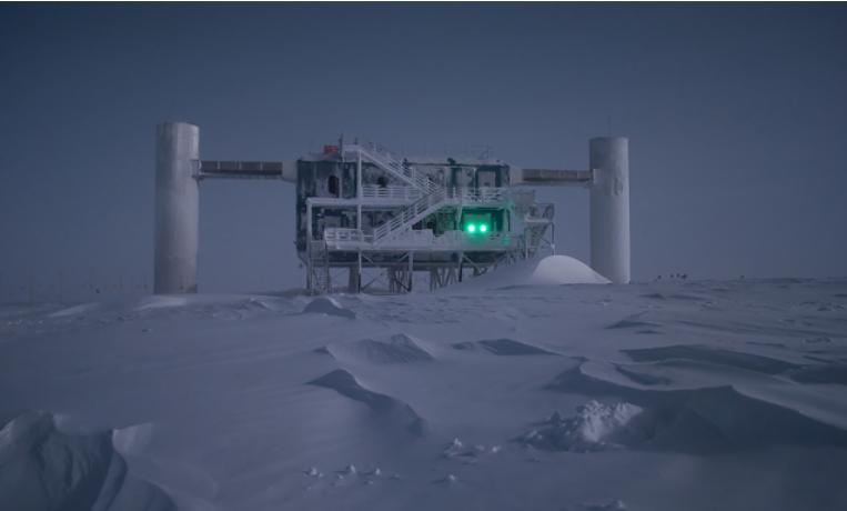Антарктической станции удалось точно отследить место рождения нейтрино
