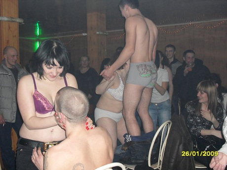 порно фото в омске