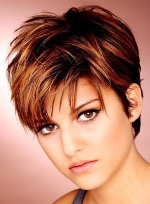 стильные стрижки на тонкие волосы фото
