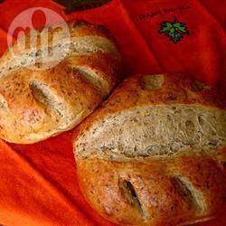 """""""Ржаной хлеб на дрожжах. В тесто добавляются сухой укроп, укропное семя и тмин. Получается вкусный д..."""