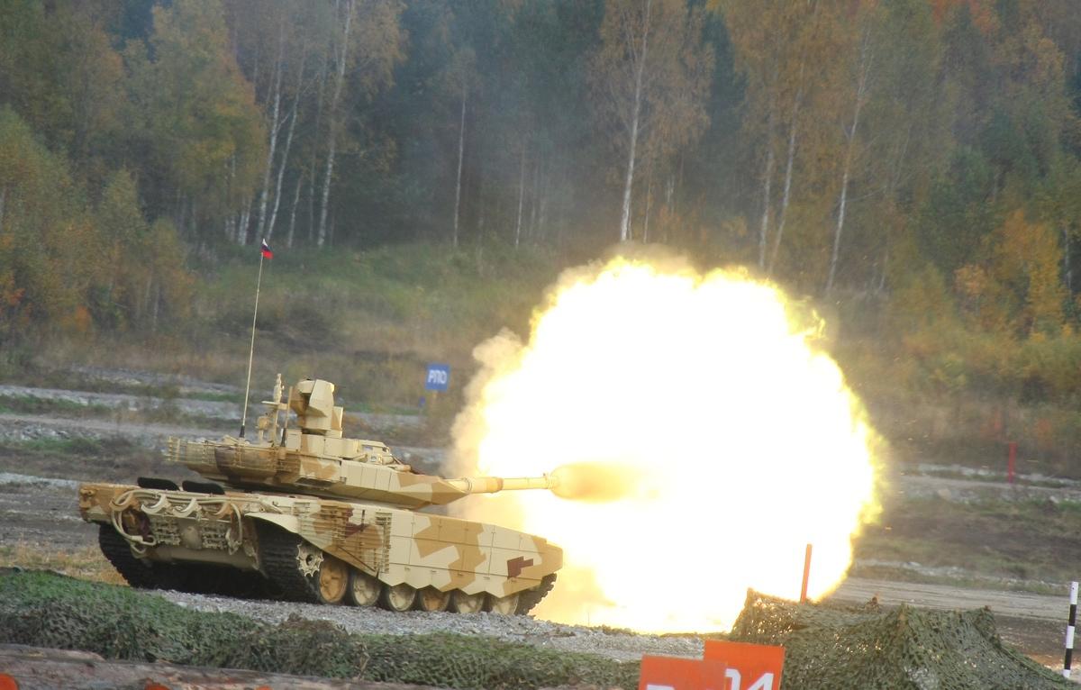Испытания новейшего танка Т-90МС попали на видео