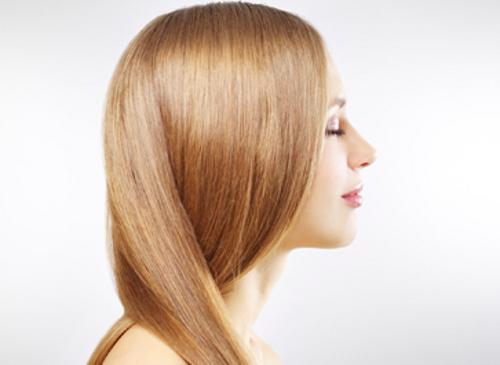 Вот почему нужно полоскать волосы раствором обычного яблочного уксуса