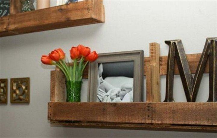 Вы не только подарите новую жизнь старым доскам, но и  украсите свой дом новой мебелью и элементами декора!