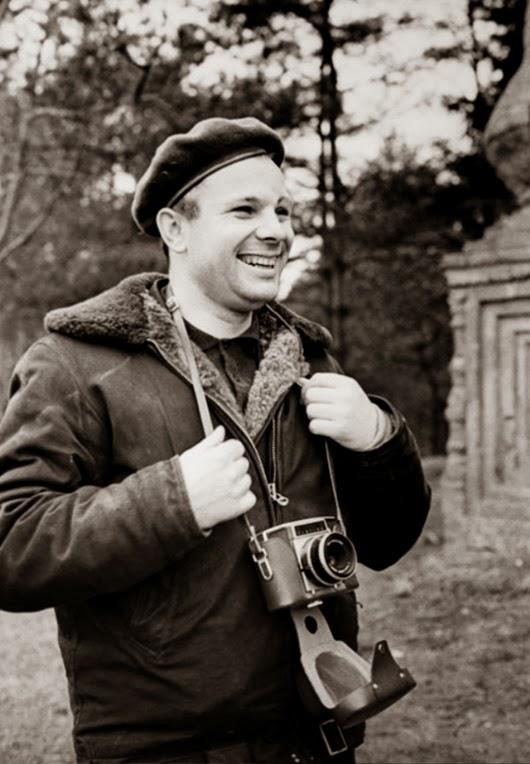 Гагарин — фотограф. Осень 1965 года.