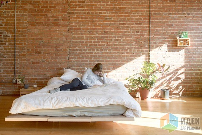 Кровать-трансформер, компактная мебель для маленькой квартиры
