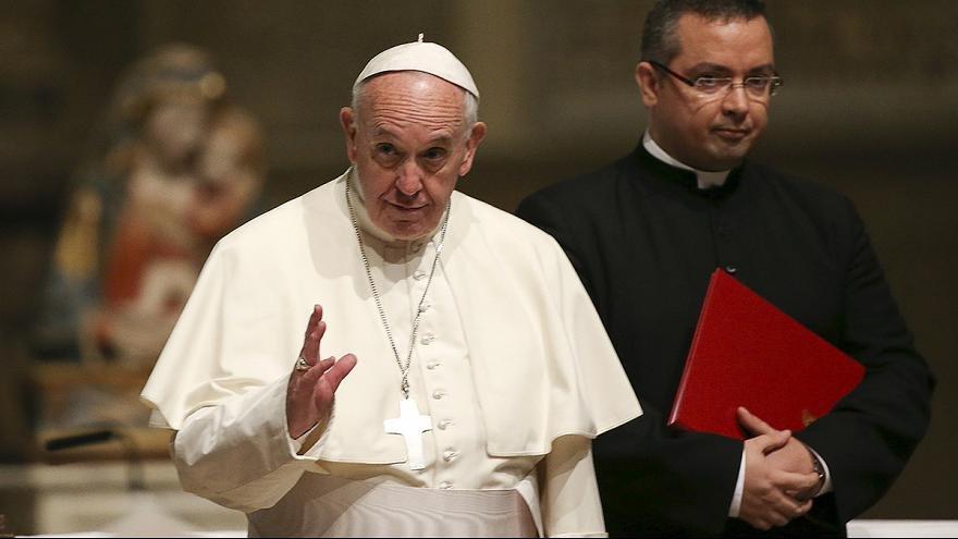 Мусор под ногами Папы Римского, или почему Ватикан не признал укрораскольников