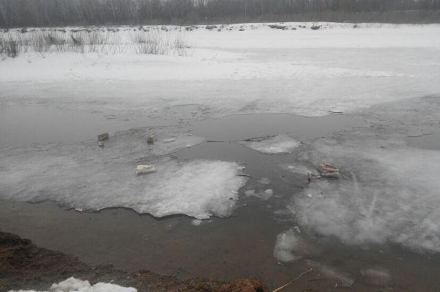 Зачем на реках весной взрывают лед?