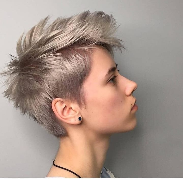 короткие волосы с объемом фото 12