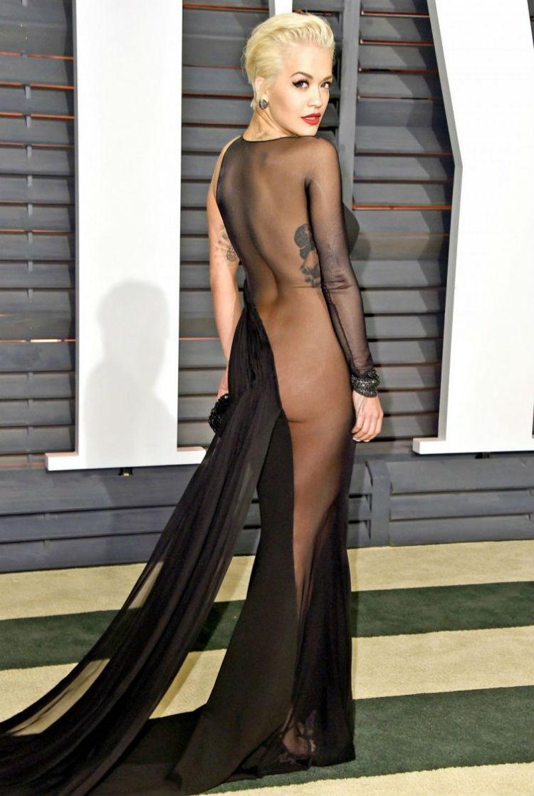 Голосистая Рита Ора на афтепати премии «Оскар», 2015 год история, платье