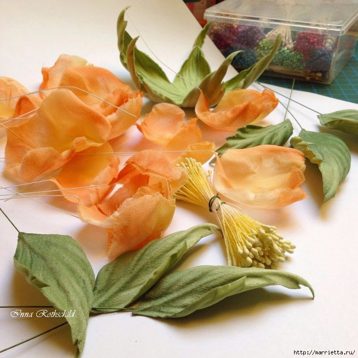 Цветы из шелка от Inna Rothschild (15) (700x700, 347Kb)