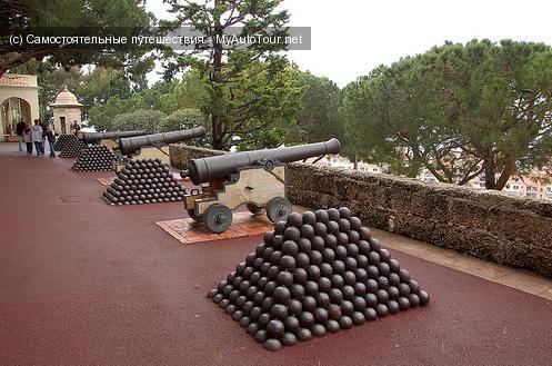 Форт Антуан. Пушки