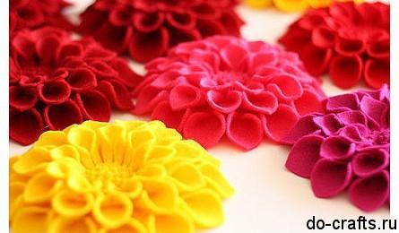 Брошь цветок из фетра главная
