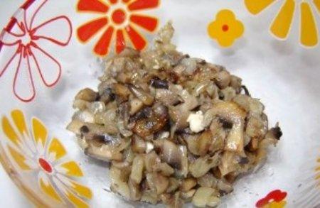 Помидоры, фаршированные грибами.