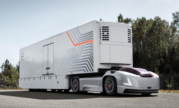 Фура без кабины и без водителя: Volvo воплотила в реальность страшный сон дальнобойщика