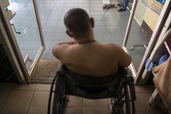 Больные россияне живут в муках и умирают. Их лекарства считают наркотиками