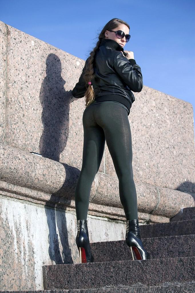 Порно девочек в леггинсах юбках онлайн бесплатно фото 577-553