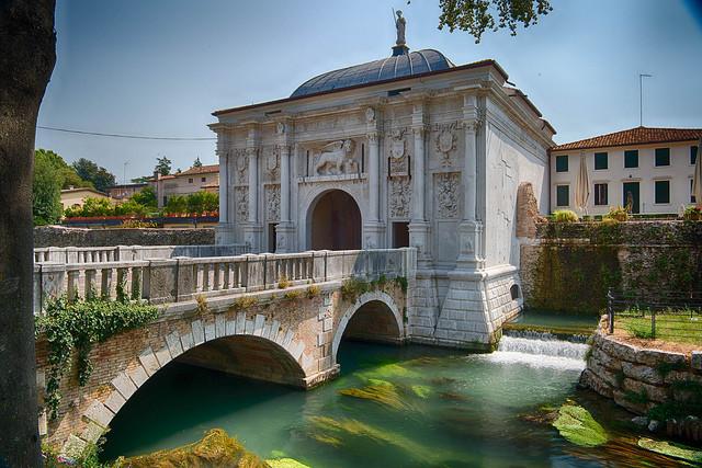 Тревизо, Италия © Garen M./Flickr