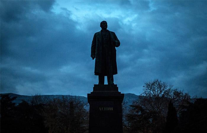Если рухнула страна-это Ленина вина: Путин рассказал ученым о подрывной роли Ленина в российской истории