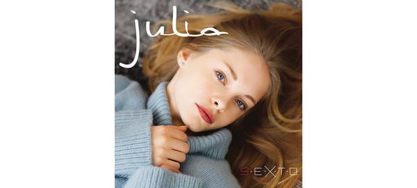 Жюлия, новая подопечная Милен Фармер, не хочет, чтобы ее сравнивали с Ализе