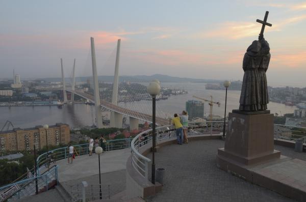 """Владивосток получил статус """"порто-франко"""""""