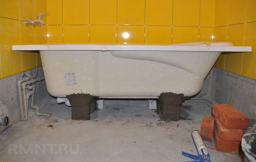 Монтаж плитки в ванной