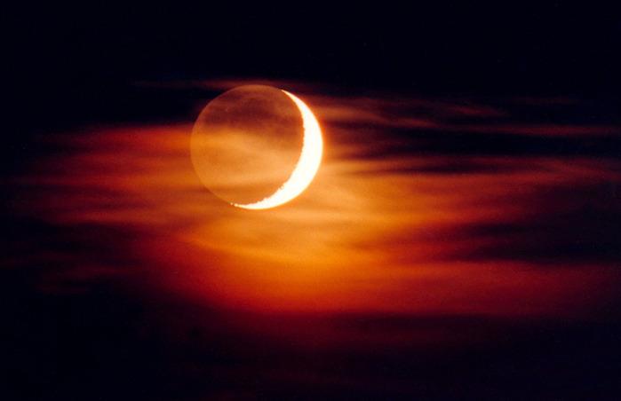 луна-первая чет (700x452, 53Kb)