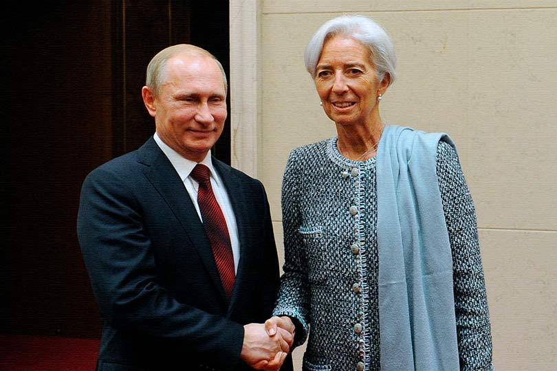 Путин находится в сложном положении, у него два варианта дальнейшего развития России и оба плохие