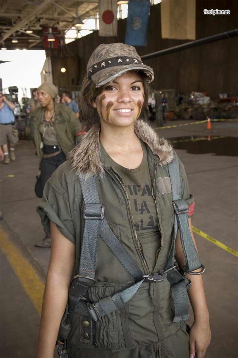 Девушки на службе в армии фото 47