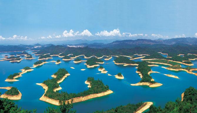 Озеро с четырьмя сотнями островов