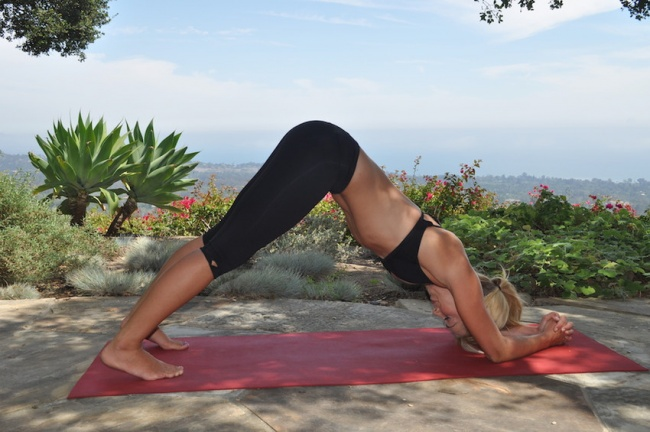 5 простых и эффективных упражнений йоги