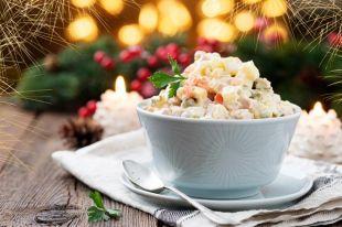 Обновить оливье. Новогодние варианты традиционного советского салата